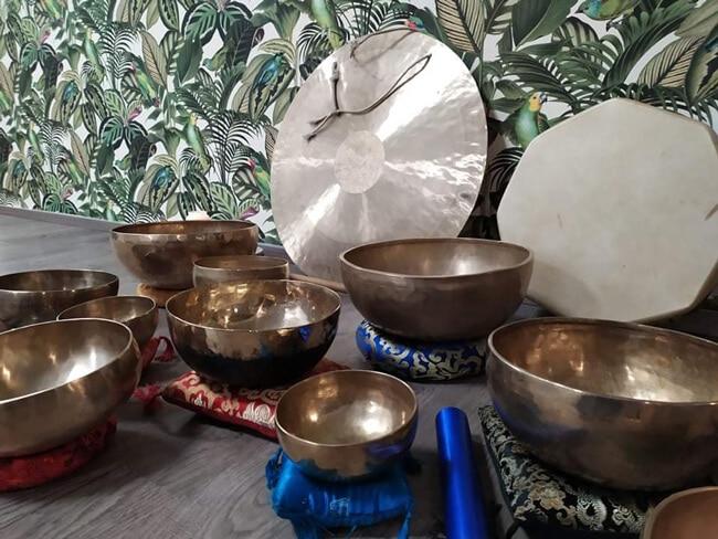 Atelier relaxation aux bols tibétains - Cloche debout